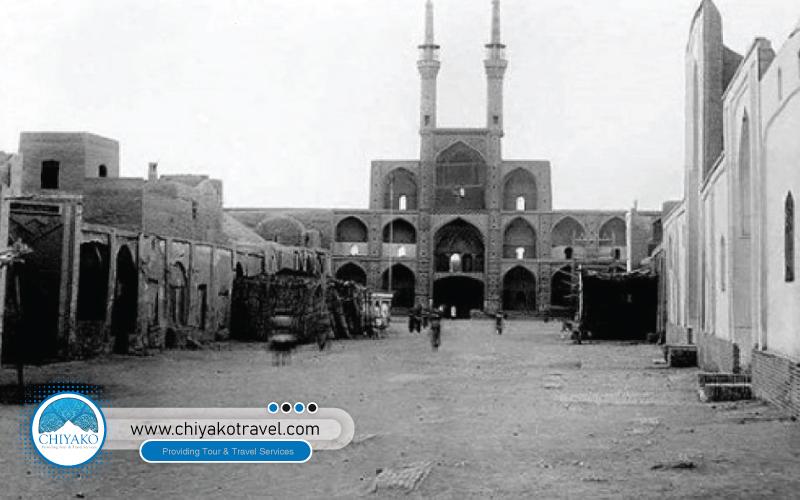 Amir Chakhmaq square history