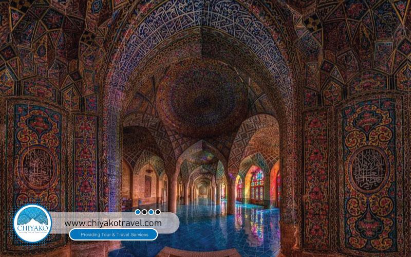 Nasir ol-Molk mosque architecture