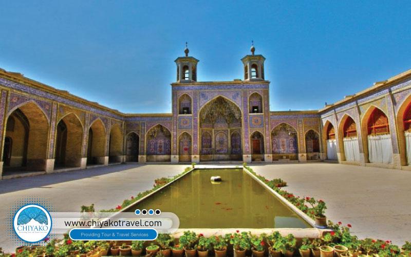Nasir ol-Molk mosque view