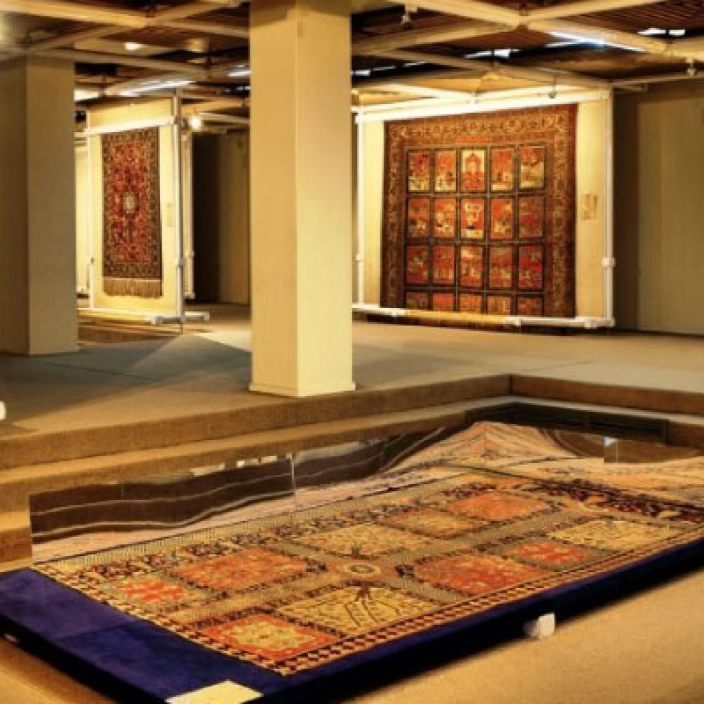 Top-5-places-to-learn-more-about-Iranian-art
