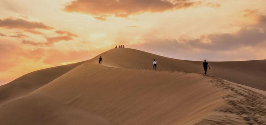 Beautiful deserts around Yazd