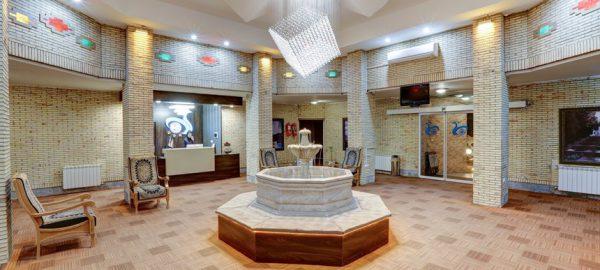 Kerman Irangardi hotel Lobby Reception 7 600x270 1