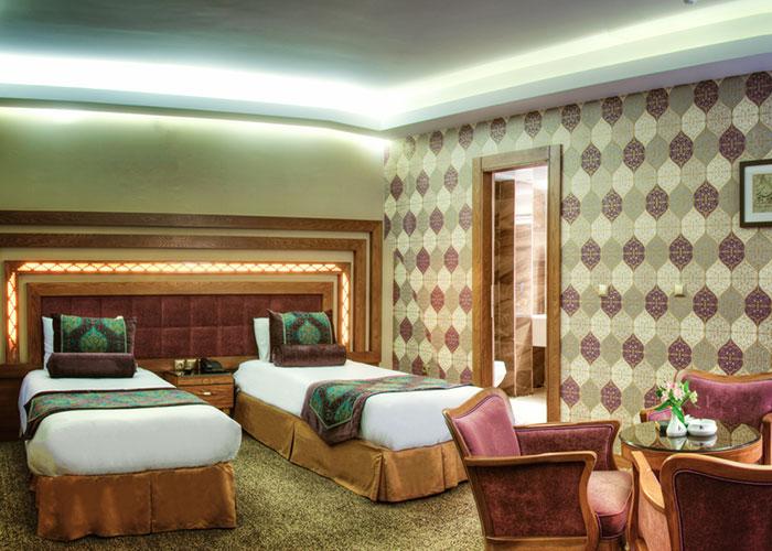 aryobarzan hotel sheiraz